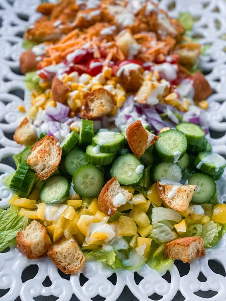 This is an unclose shot of this yummy Easy Crispy Chicken Dinner Salad.