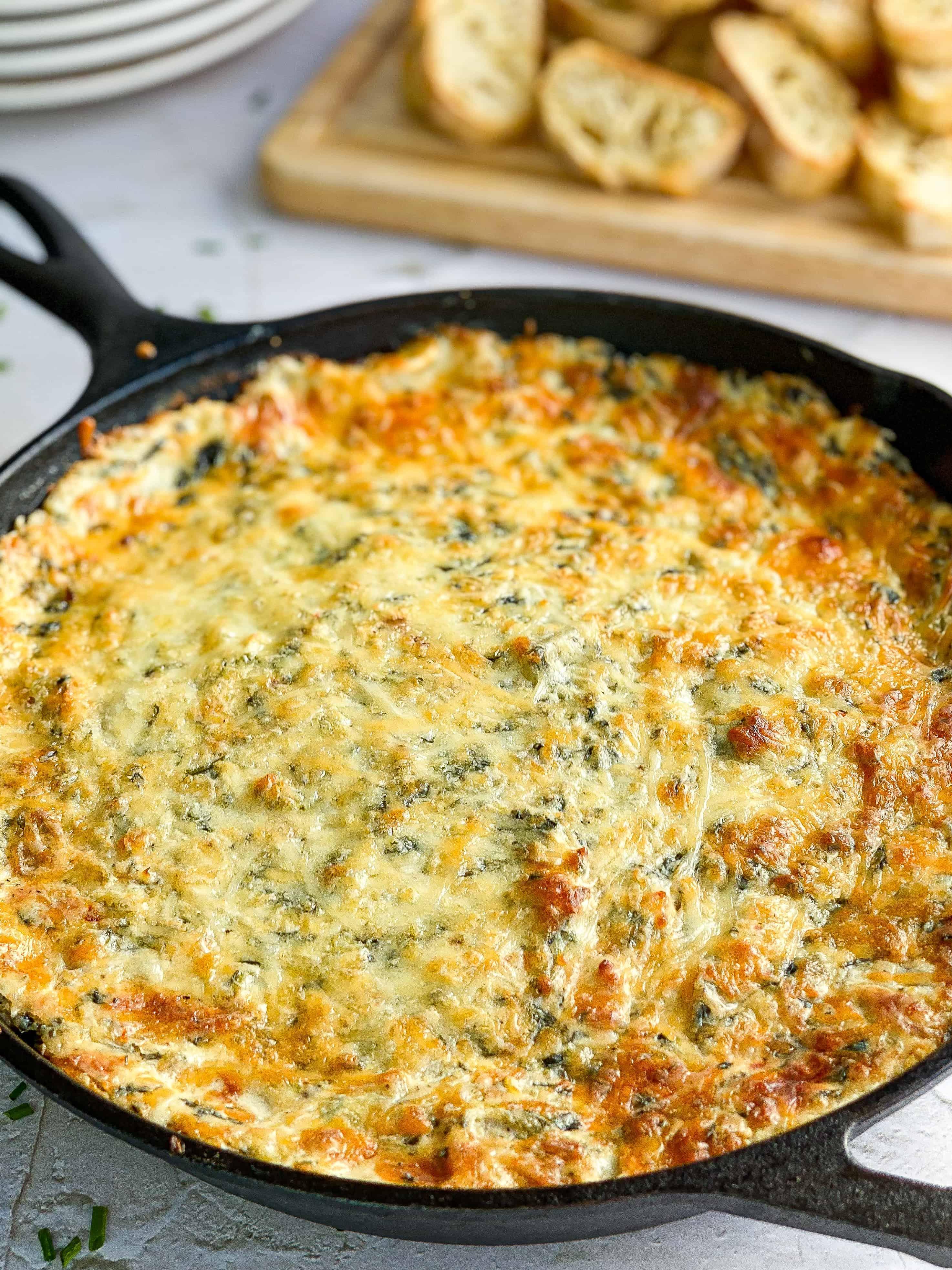 Hot Spinach & Artichoke Dip (Extra Cheesy)