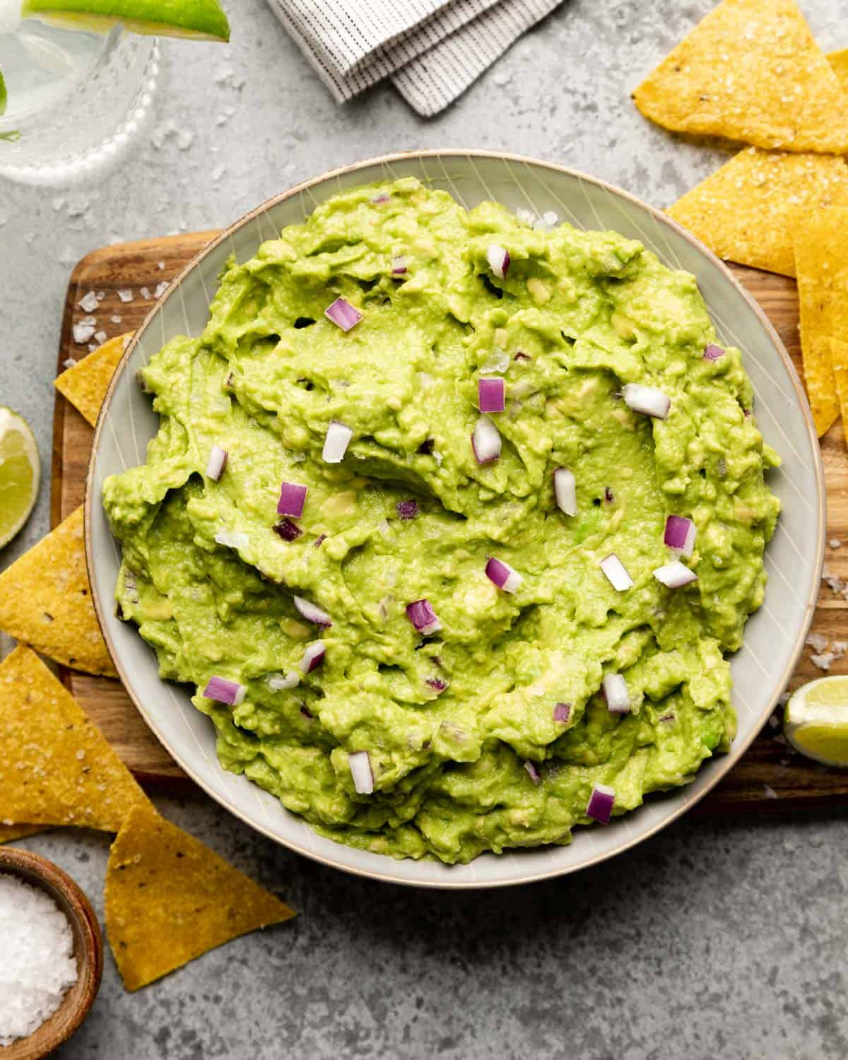 overhead of finished guacamole with chips